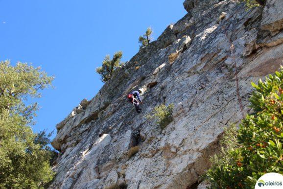 Sábado é dia de escalada na Crista do Zebro